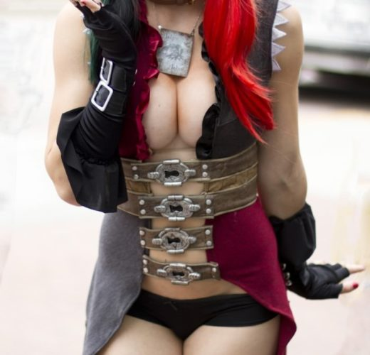 Jessica Nigri as Harley Quinn