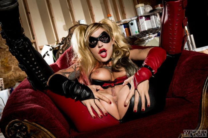 1627686 - Harley_Quinn cosplay