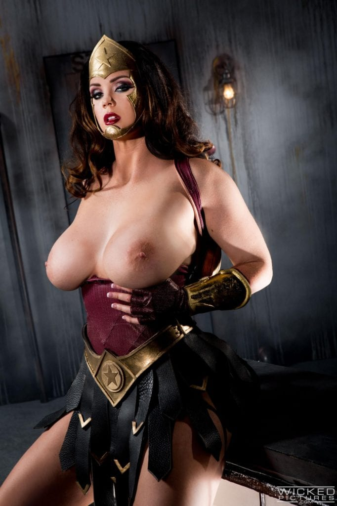1632322 - DC Wonder_Woman cosplay