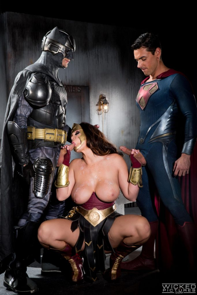 1632326 - Batman Bruce_Wayne Clark_Kent DC Superman Wonder_Woman cosplay