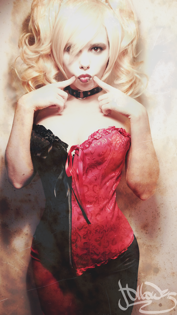 PigeonFoo as Harley Quinn Cosplay