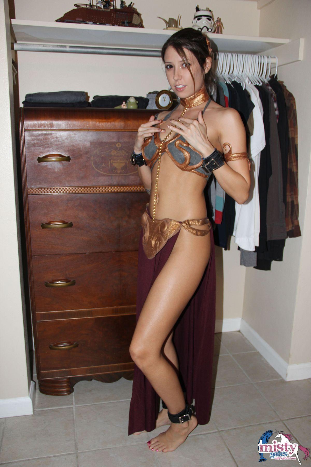 Misty Gates Princesa Leia Cosplay · Princesa Leia Cosplay · Misty Gates · Princesa Leia en Xxx · Misty Gates Maravillosa Fetichismo de pies Muñeca Playa nudista.