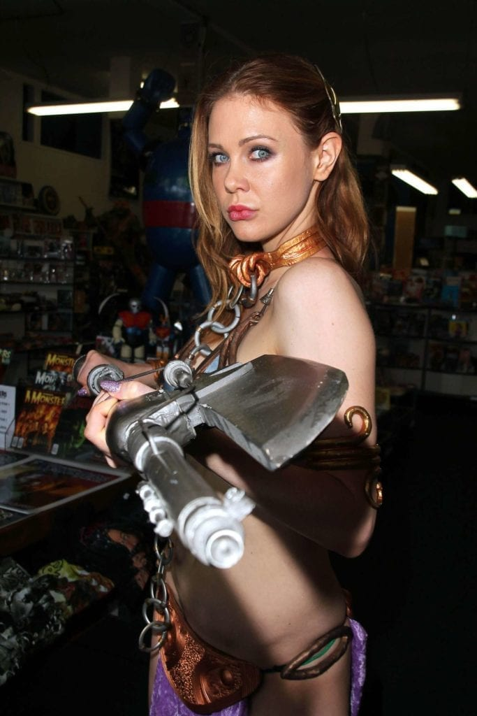 Maitland-Ward_-Princess-Leia-at-Meltdown-Comics-2014--02