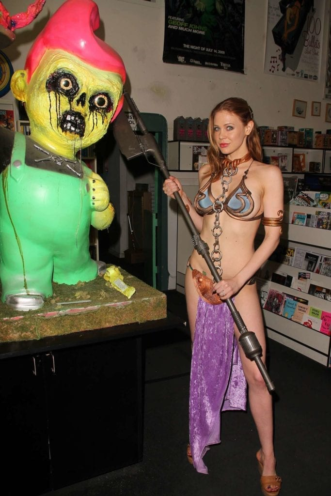 Maitland-Ward_-Princess-Leia-at-Meltdown-Comics-2014--15