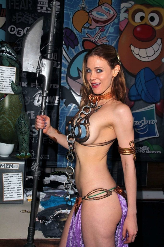 Maitland-Ward_-Princess-Leia-at-Meltdown-Comics-2014--19