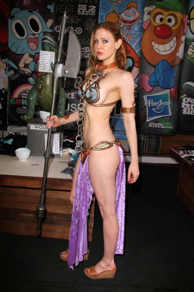Maitland-Ward_-Princess-Leia-at-Meltdown-Comics-2014--25
