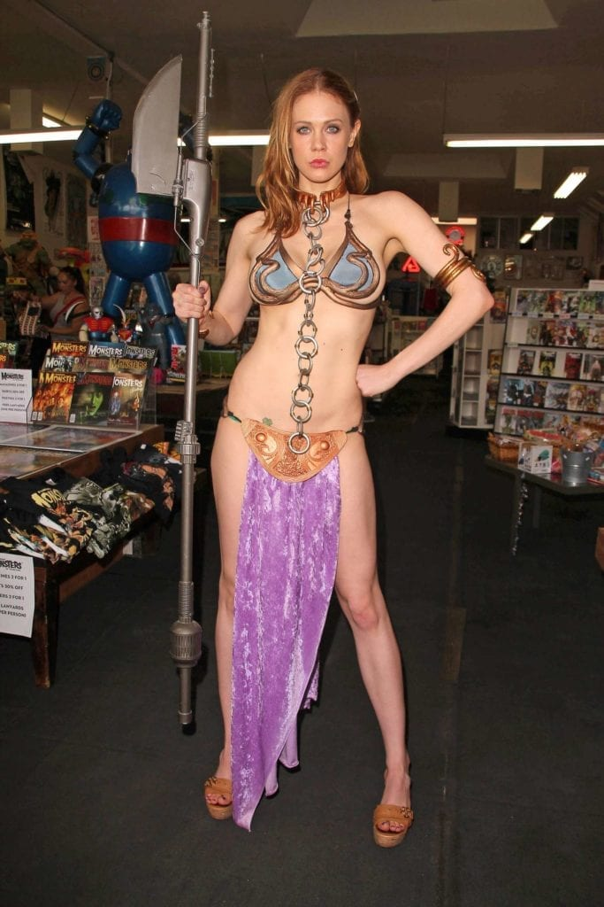 Maitland-Ward_-Princess-Leia-at-Meltdown-Comics-2014--29