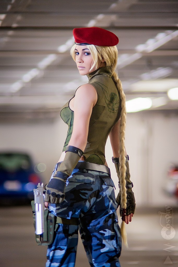 Sexy Cammy ~ Street Fighter Cosplay Roundup [18 Pics]