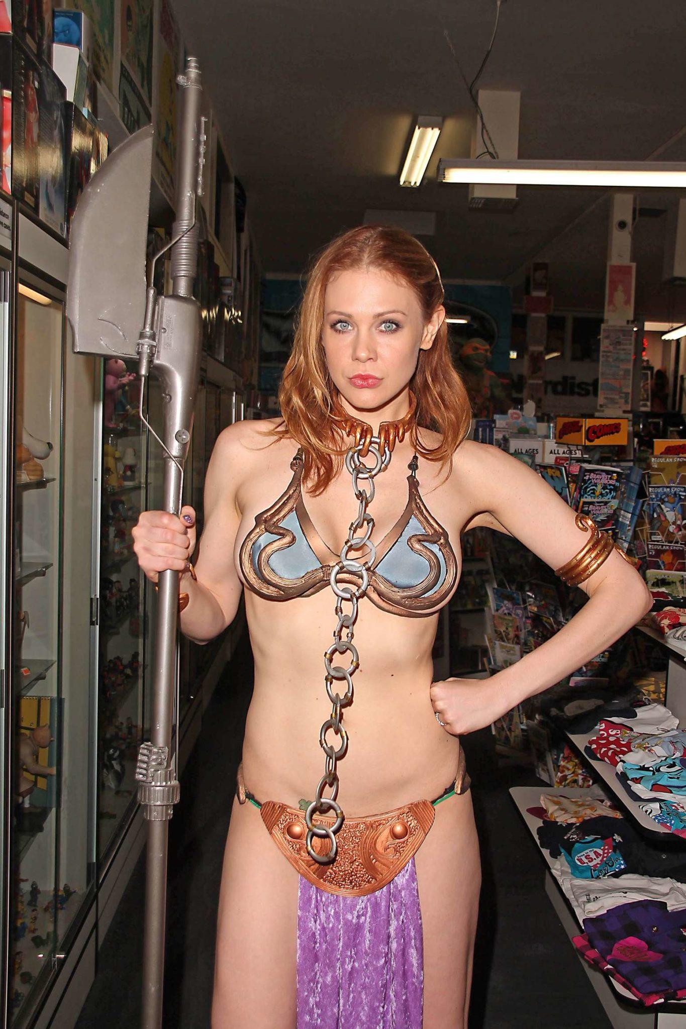 Maitland Ward as Princess Leia ~ Cosplay at Meltdown