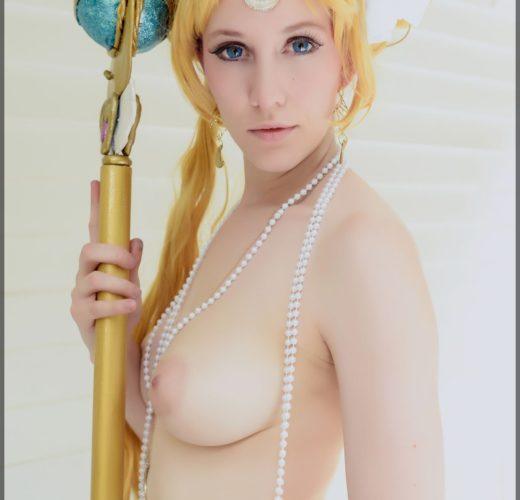 Naked Sailor Moon ~ Sexy Cosplay