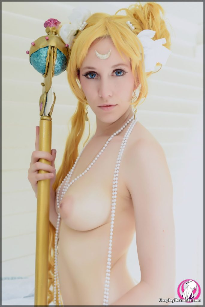 1962332-sailor_moon-usagi_tsukino-cosplay-cosplaydeviants-princess_serenity