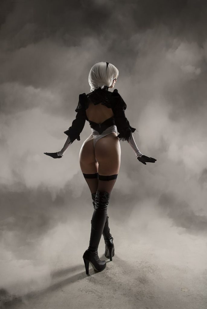Helly Von Valentine as 2B ~ Video Game Cosplay